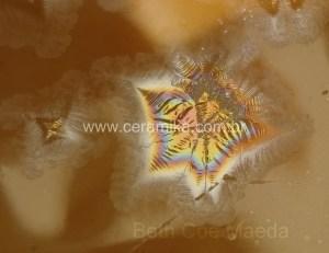 brilho e cor em novos cristais ceramicos
