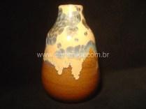 vidrado cristalino em vaso stoneware