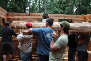 time to lift a really big log...to be the centre beam