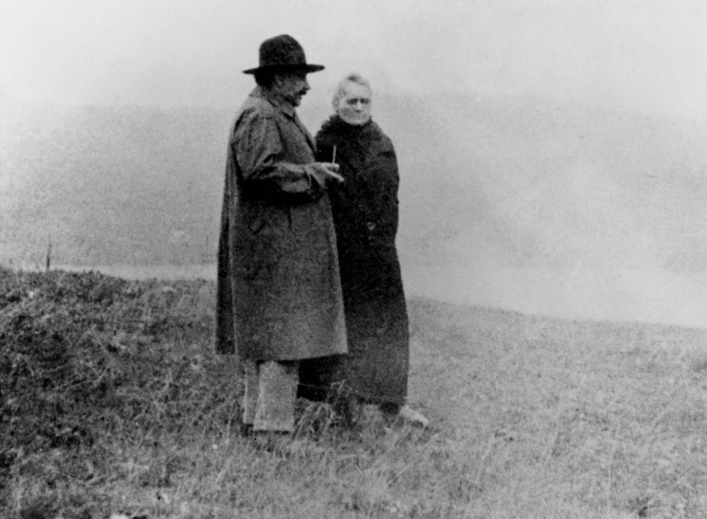 Marie Curie y Albert Einstein en 1929