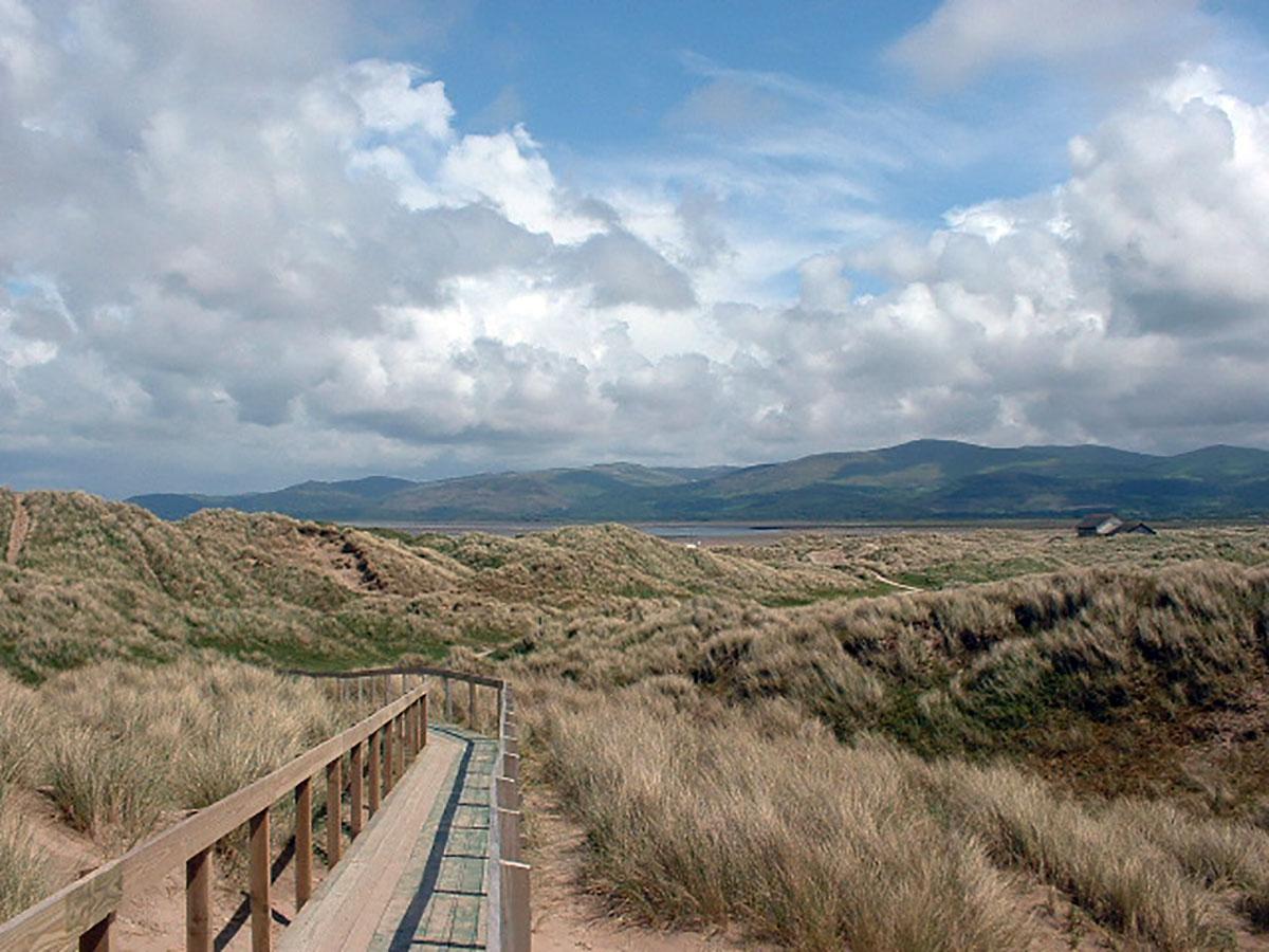 Hanes Ynyslas - Darganfyddwch archeoleg, hynafiaethau a hanes Ceredigion
