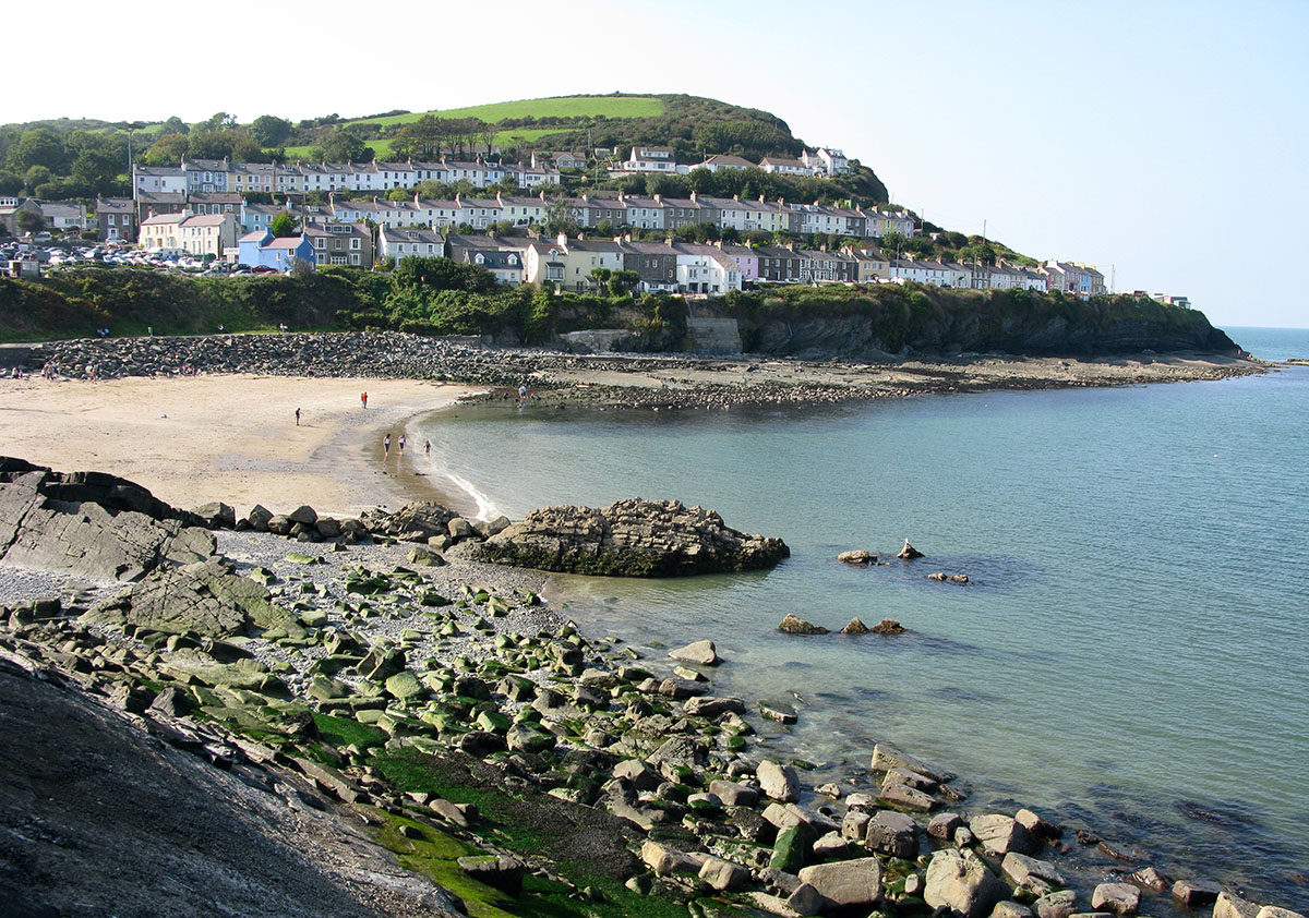 New Quay South Beach - Discover the archaeology, antiquities and history of Ceredigion
