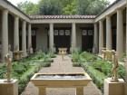 Ricostruzione_del_giardino_della_casa_dei_vetii_di_pompei_(mostra_al_giardino_di_boboli,_2007)_01