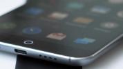 Çinli'nin iPad mini'ye Benzeyen Telefonu