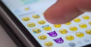 Yeni iPhone emojileri görücüye çıktı!