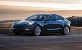 Tesla'dan yarış arabalarına toz yutturan güncelleme!