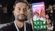 Xiaomi Mi Mix 3 5G ön inceleme (Video)