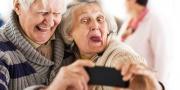 55 yaş üstü Facebook'ta sosyalleşiyor!