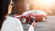 Tesla, gelişmiş çağırma özelliğini duyurdu!