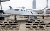 Tek şarjla bin km gidebilen elektrikli uçak tanıtıldı