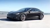 Tesla araç içi eğlence sistemini geliştiriyor!
