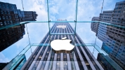 Apple fiyatları yükseltmemek için zarar edecek