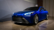 2021 Toyota Mirai tanıtıldı! 650 km gidiyor