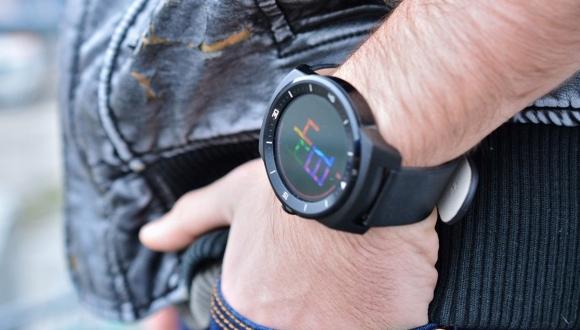 LG'den iki yeni akıllı saat geliyor!