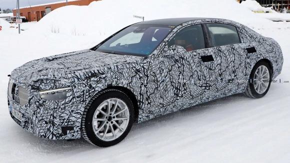 Yeni Mercedes S Serisinde Tesla izleri!