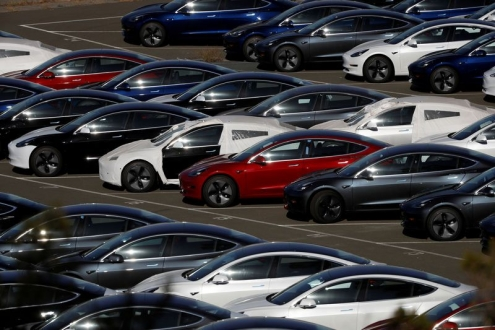 Çin malı Tesla Model 3 fiyat tahminleri ortaya çıktı