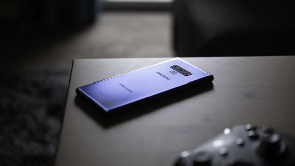 Galaxy Note 9 gece modu güncellemesi aldı!