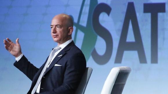 Jeff Bezos, Amazon hissesi satmaya doymuyor