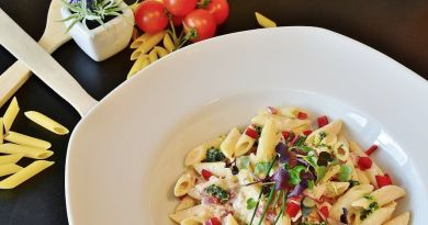 VRIJEME RUČKA Isprobajte ovu ukusnu tjesteninu s pršutom, maslinama i sirom