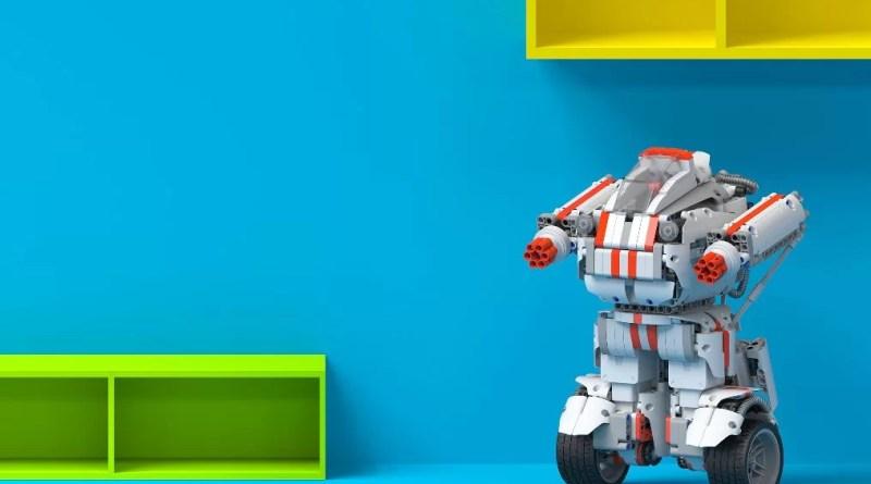 Mi Robot Builder, robot dinosaur, robot letjelica, slaganje robota,