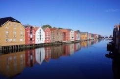 Bryggene i Trondheim sett fra Gamle Bybro