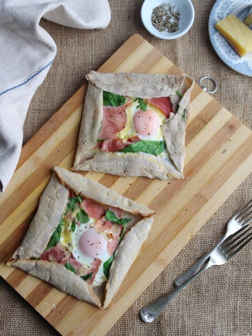 Breton Buckwheat Galette Complète with Ham, Comté Cheese and Egg