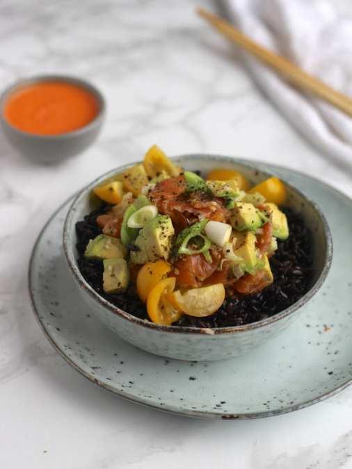 Smoked Salmon & Black Rice Poke Bowl with Chilli Sauce
