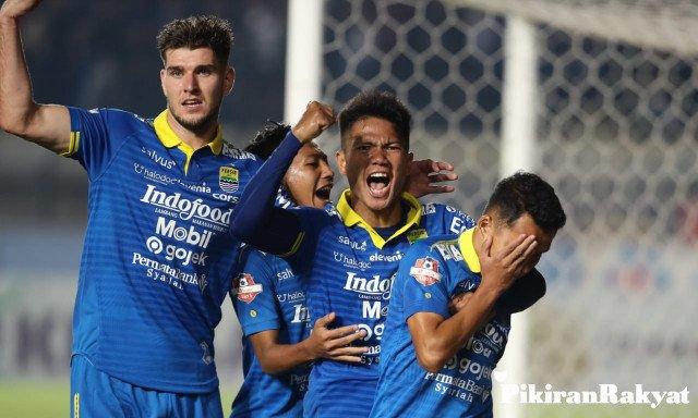Persib Rindu untuk Berlaga di Bandung