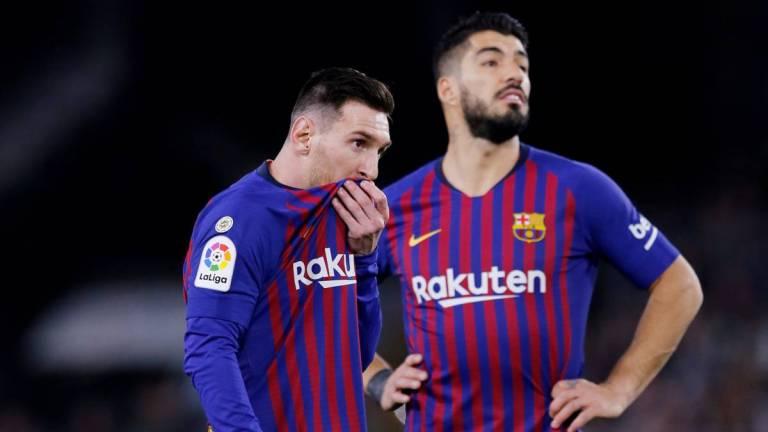 Siapa yang Layak Jadi Partner Messi-Suarez?