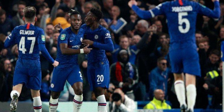 Fans Chelsea Tiba Tiba Tinggalkan Stadion Lebih Awal