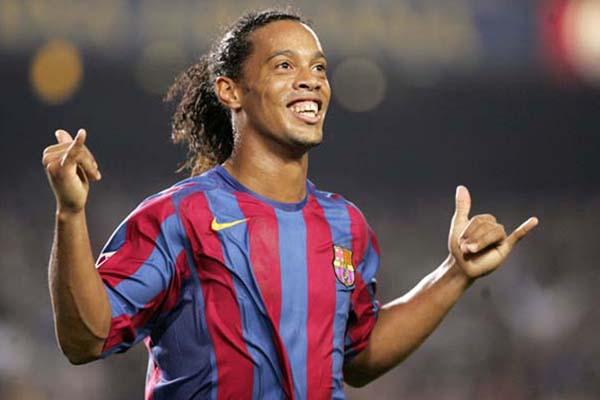 Pensiun dari Sepak Bola, Seperti Ini Aktivitas Santai Dari Ronaldinho