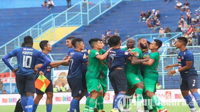 Denda yang Diterima Arema FC Setara Kontrak Pemain Berlabel Timnas Indonesia