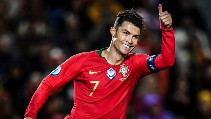 Cristiano Ronaldo Menjadi Pemain Eropa Pertama yang Mencetak 100 Gol untuk Timnas