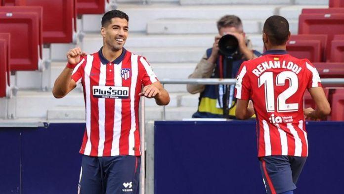 Luis Suarez Cetak 2 Gol hanya Dalam 20 Menit di Laga Debut