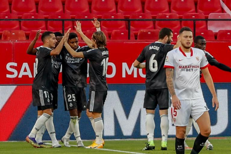 Real Madrid Menang Berkat Blunder Kiper Sevilla
