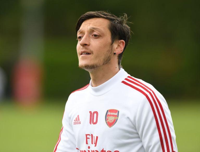 Mesut Ozil Berharap Bisa Bantu Arsenal Lewati Masa Sulit