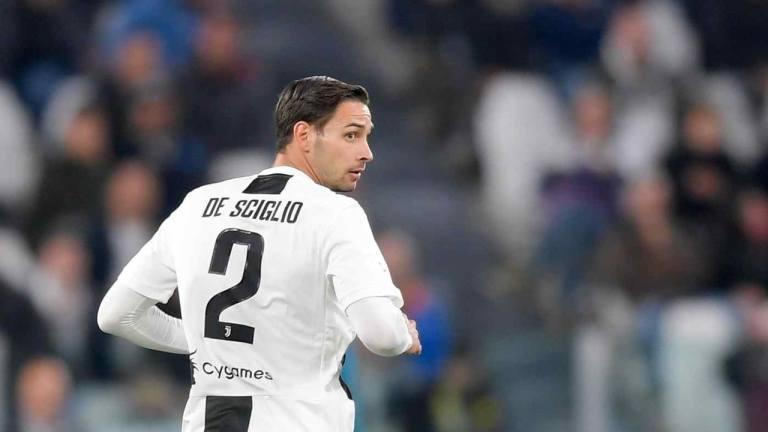 Mattia de Sciglio Ingin Tetap Berseragam Lyon Ketimbang Juventus