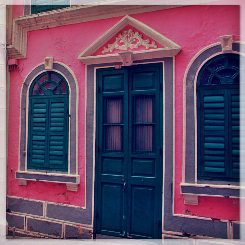 Contrast colors - pink green and white in Macau
