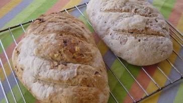 pan cebolla y queso pan oregano y tomate seco