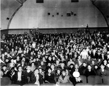 Cerrito Theater audience in the 1940s
