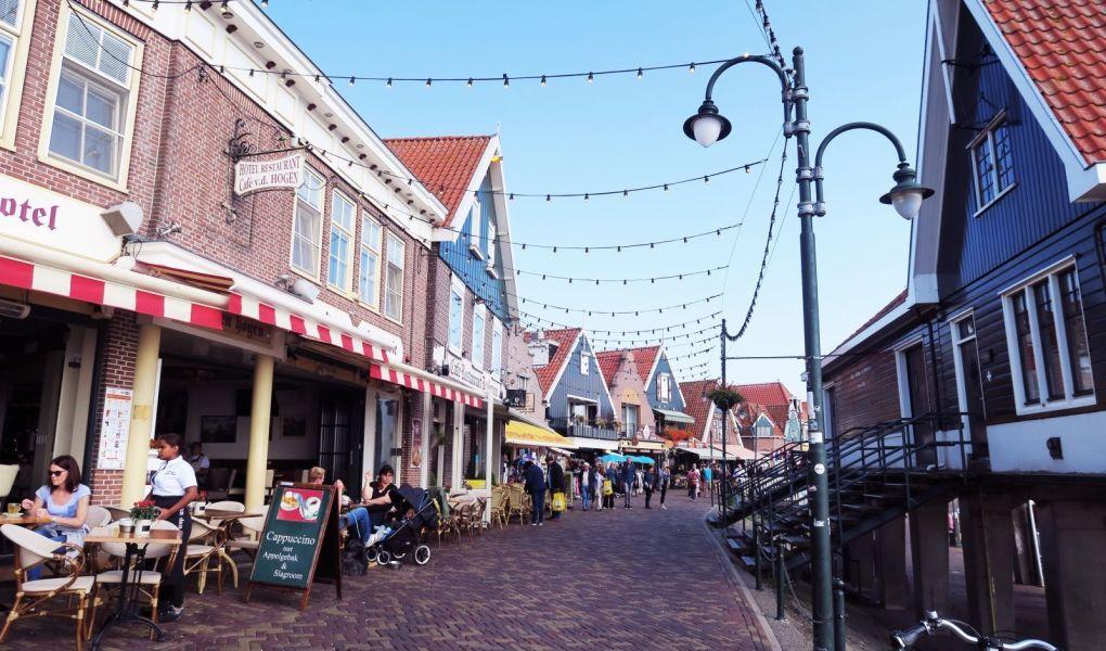 Calles de Volendam, Países Bajos