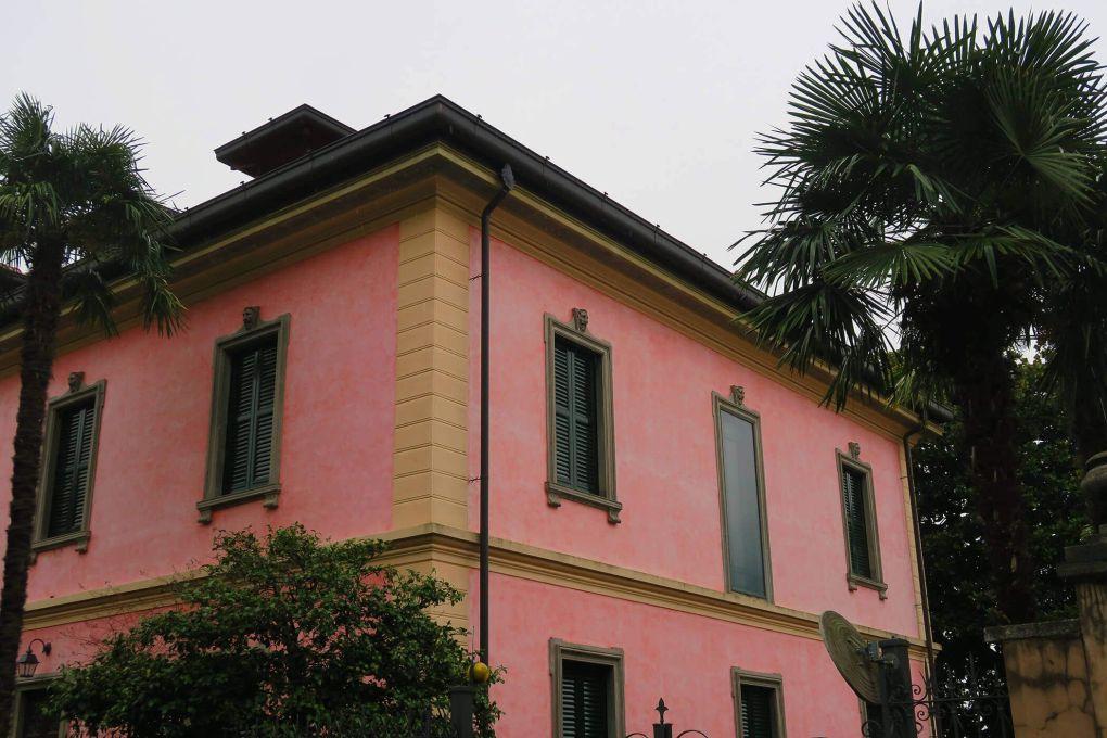 Casa rosa en Bellagio, Italia