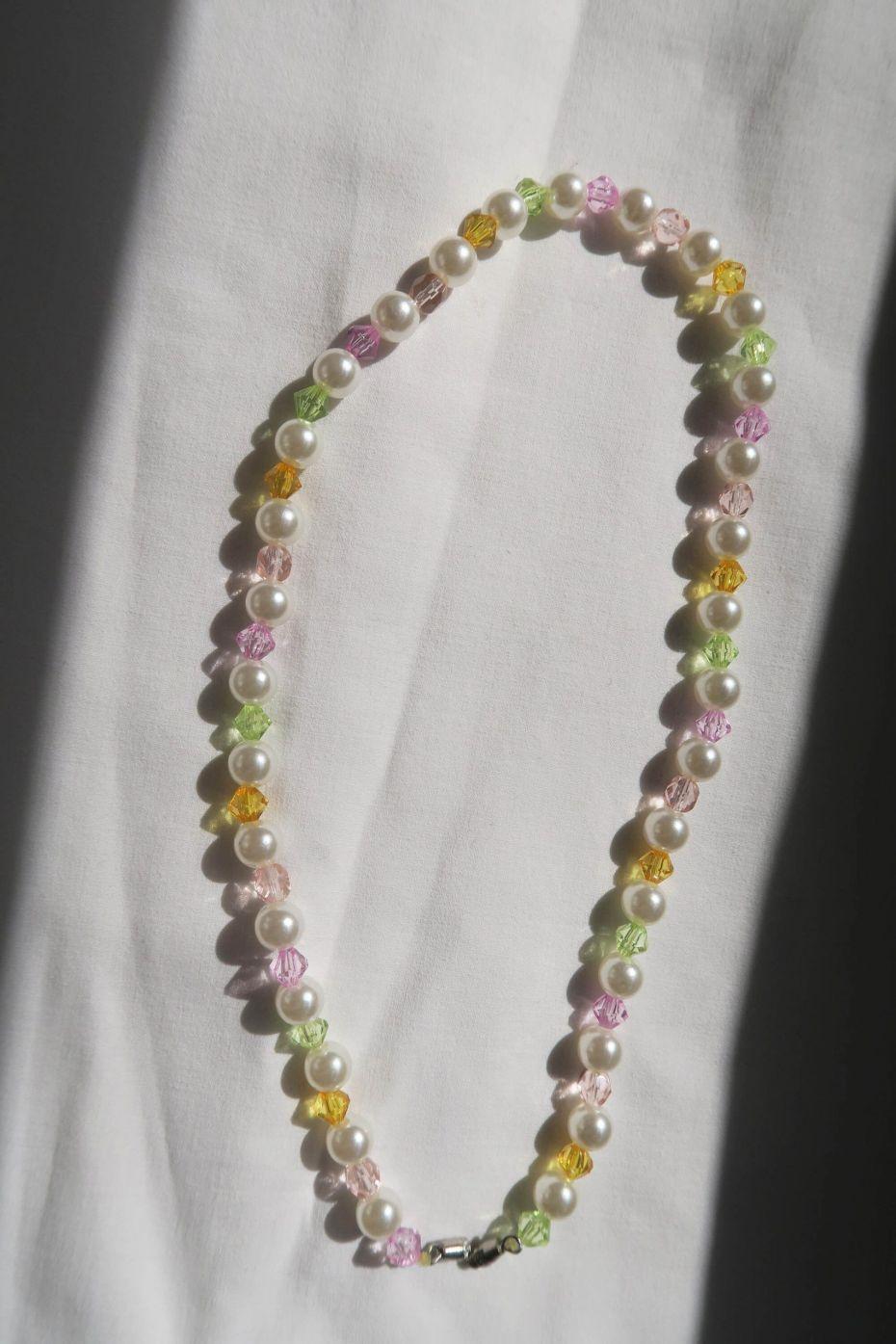 Tutorial DIY: collar con perlas y abalorios