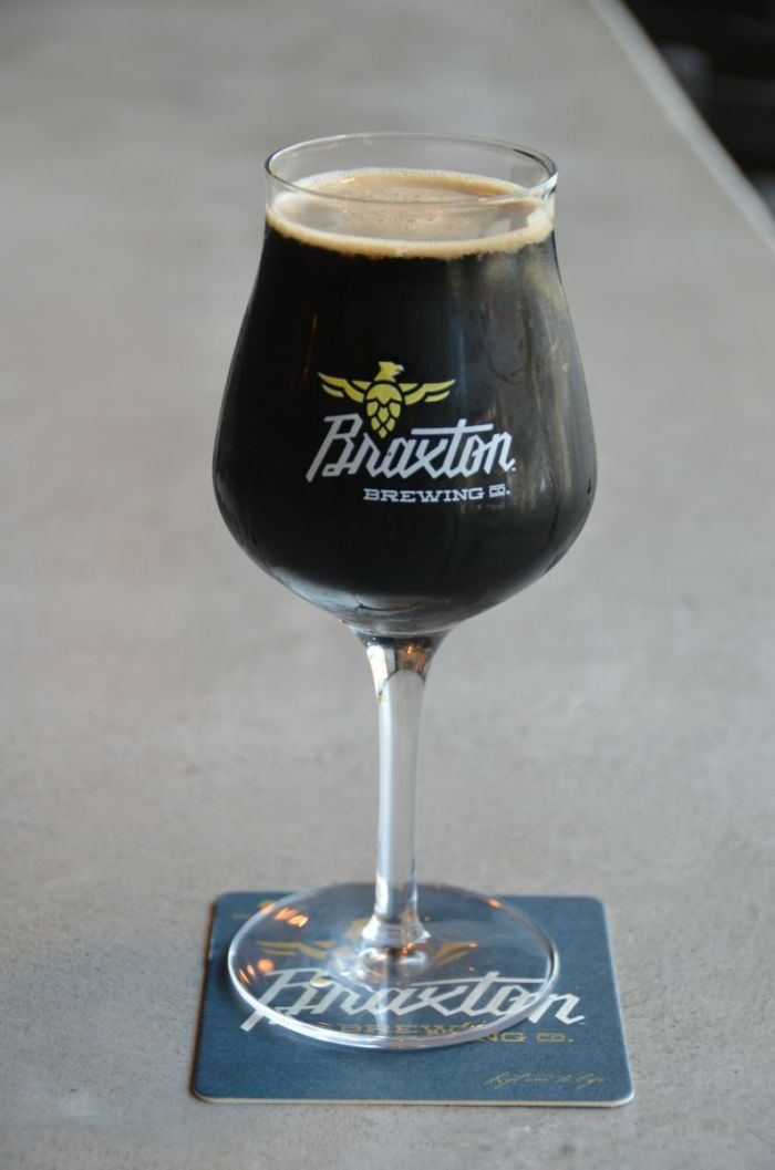 Tropical Stout Death Blow de Braxton Brewing Company