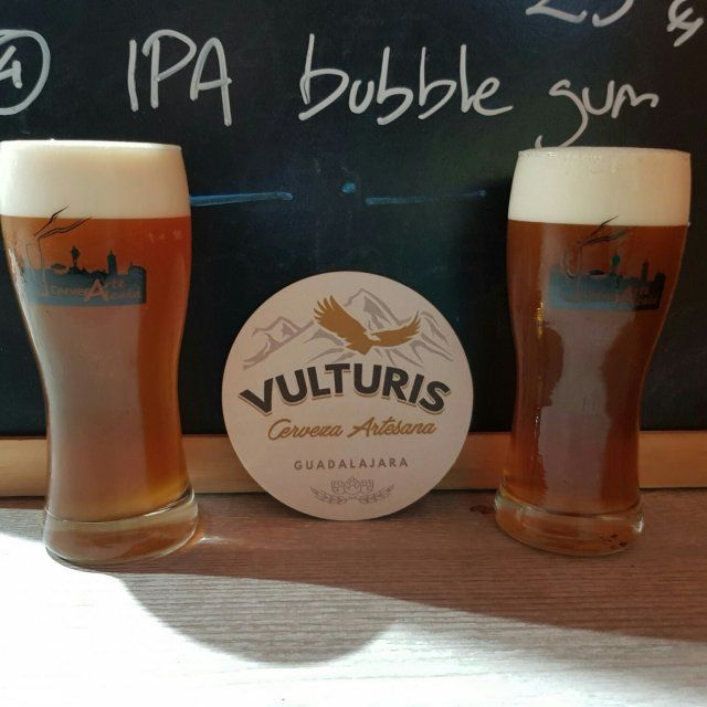 ipa bubble gum vulturis en Cervezarte
