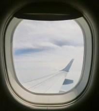 window-883066_960_720