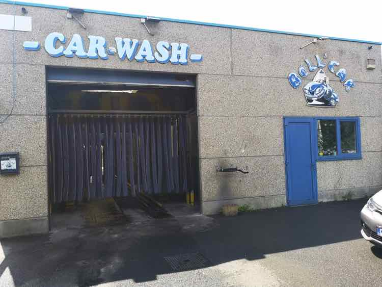 Car wash + Selfwash à remettre à Baudour