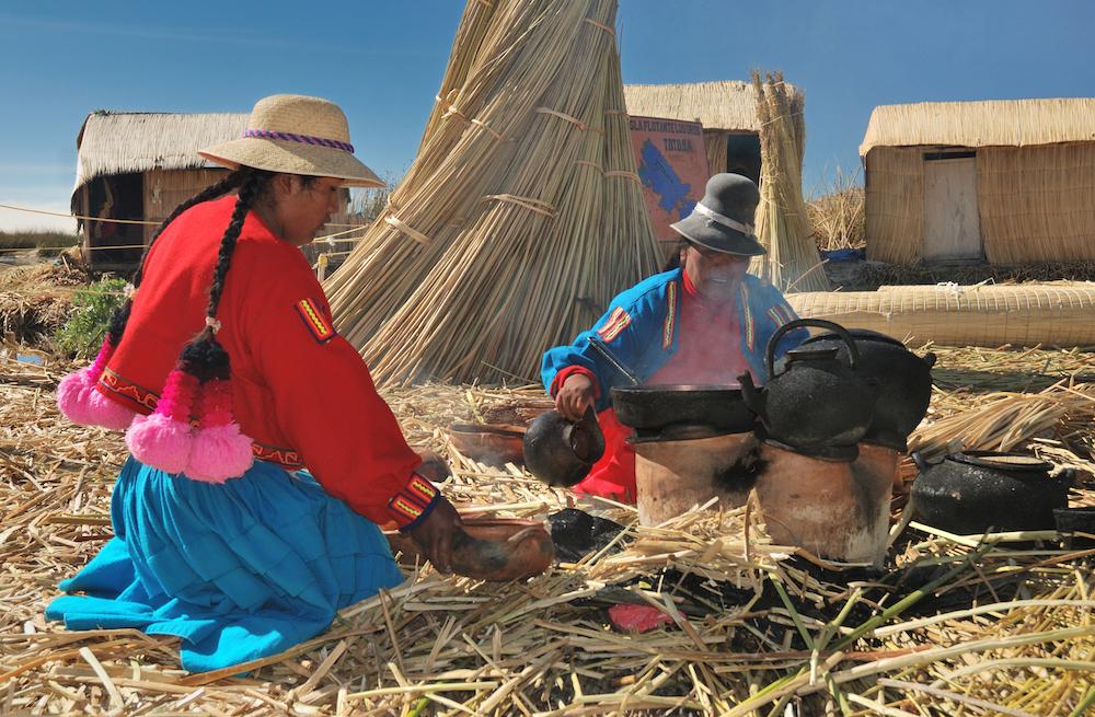 El lago de Titicaca   Islas Flotantes