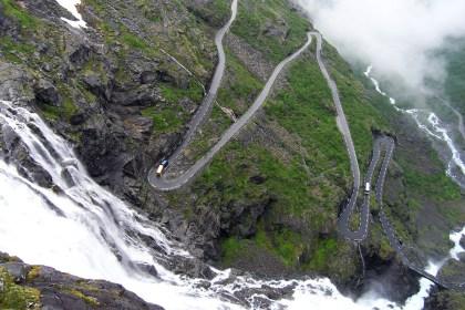 Trolí cesta (Trollstigen)