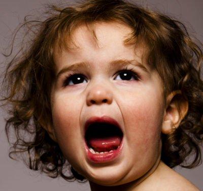 cris-colère-enfant
